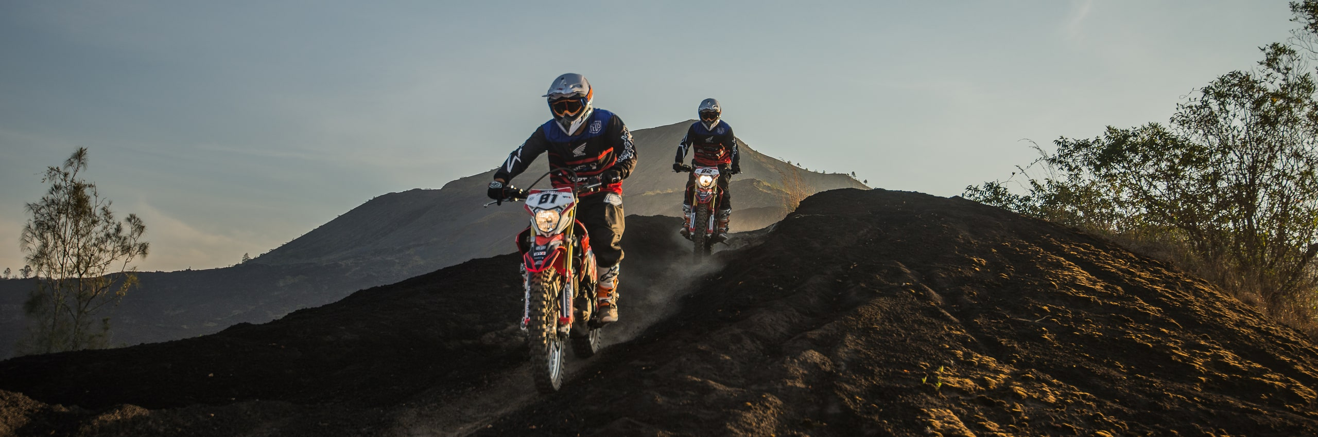 Bali_Dirt_Bikes_Kintamani_Black_Lava_Slider12