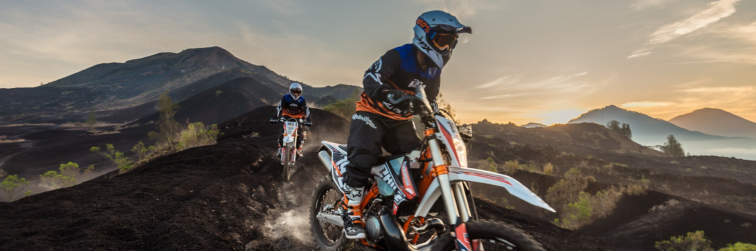 Bali_Dirt_Bikes_Kintamani_Black_Lava_Slider3