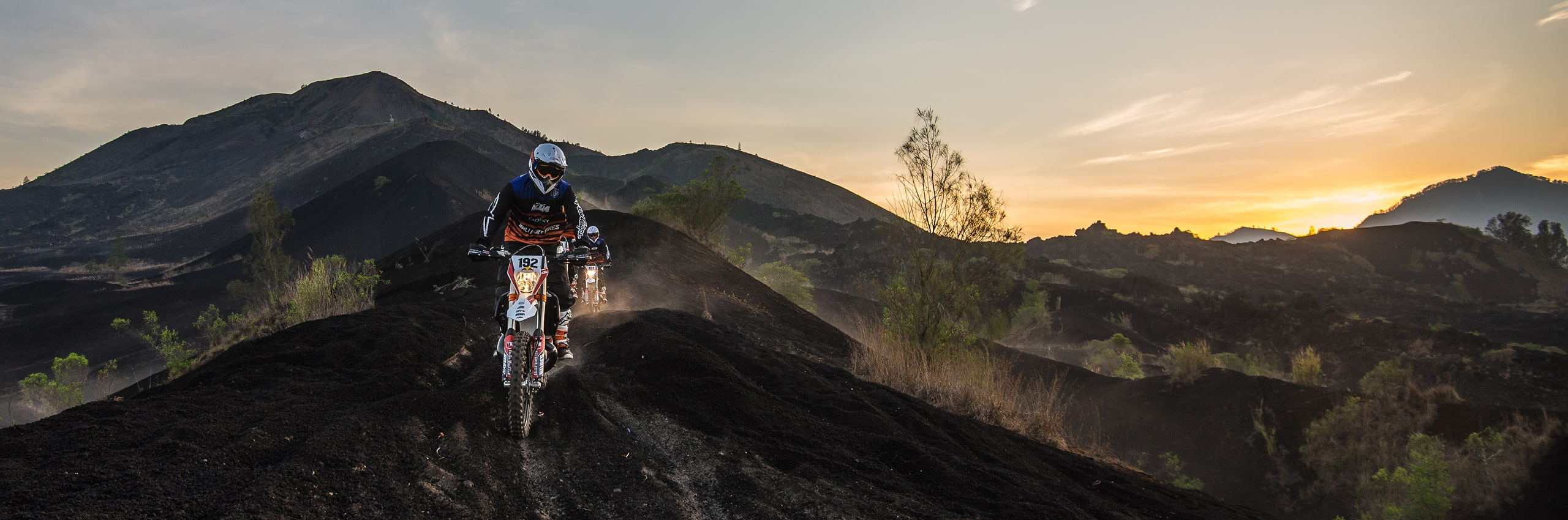 Bali_Dirt_Bikes_Kintamani_Black_Lava_Slider8