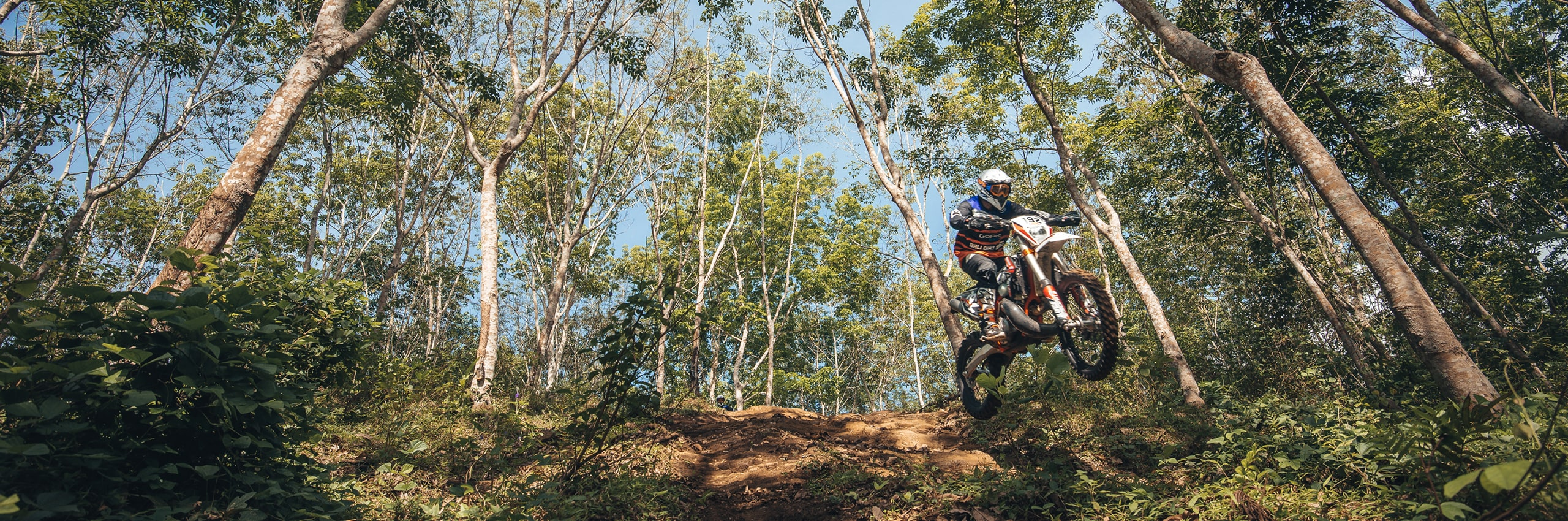Bali_Dirt_Bikes_Rubber_Forest_Slider4